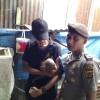 Dokter hewan SOCP bersama petugas kepolisian